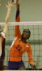 Clemson Powers Past Florida Atlantic in First Match Friday