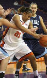 Women's Basketball To Play Host To Western Carolina