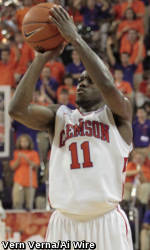 Clemson Falls at Hawaii, 75-68, in Fifth Place Game at Diamond Head Classic