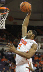 Clemson Rallies in Second Half, Tops East Tennessee State 65-58