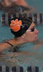 Orange Edges White in Swimming and Diving Intrasquad Meet