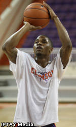 ClemsonTigers.com Exclusive: Sapp Driven to Make a Difference Next Season