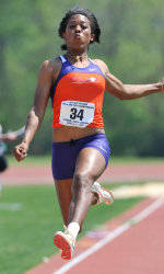 Jumpers, Middle Distance Runners Highlight Friday's Track & Field Performances at the Orange & Purple Classic
