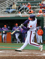 Fourth-Ranked South Carolina Defeats Clemson 6-3 on Saturday