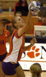 Clemson Volleyball Posts 3-0 Win Over South Carolina Friday Night