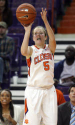 Lady Tigers Fall at Wake Forest Sunday