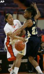 Women's Basketball Falls To No. 21 Georgia Tech, 68-53