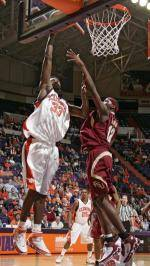 Basketball Looks for Second Straight Road Win at Tallahassee Wednesday