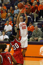 Clemson Earns First Victory Of Season With 97-88 Win Over Memphis Saturday