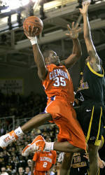 Tiger Men's Basketball Team to Play in San Juan Shootout December 20-22