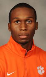 Vickery Hall Men's Student-Athlete of the Week – Warren Fraser