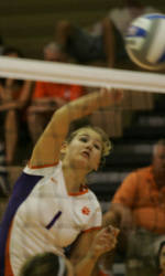 Clemson Volleyball Takes Down NC State in Five Sets