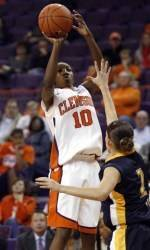 Clemson Women's Hoops Moves to 2-0 behind Big Second Half