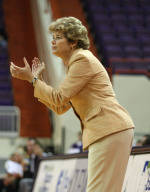 Women's Basketball To Hold Orange & White Scrimmage On Oct. 29