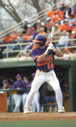 Miami (FL) Hands # 11 Clemson 7-6 Defeat to Take Series Sunday