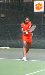 Women's Tennis Set For Home Matches This Weekend