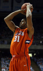 Clemson and Georgia Tech Face Off at Philips Arena in Atlanta on Tuesday