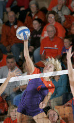Clemson Volleyball Posts 3-0 Victory Over Virginia On Friday Night