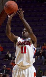 Clemson Men's Basketball Team to Face Long Beach State in Paradise Jam Friday Afternoon