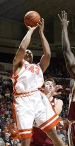 North Carolina Natives Robinson And Hobbs Preview Game Against Tar Heels