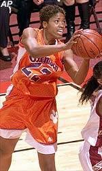 Women's Basketball On Five-Game Win Streak
