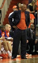 Tiger Men's Basketball Team to Face Savannah State Tuesday Night at Littlejohn Coliseum