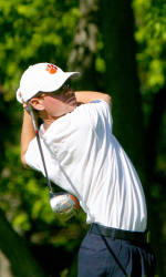 Clemson Has First Round Lead of United States Collegiate