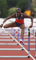 McCormack, Owens Post Runner-Up Finishes Friday at Pepsi Florida Relays