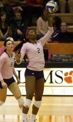 ClemsonTigers.com Exclusive: Adeleye gets her groove back