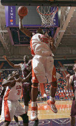 Youth Tickets Available for Non-Conference Men's Basketball Games