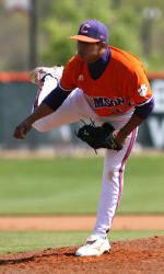Tiger Baseball Team to Play Host to South Carolina Wednesday Night