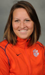 Vickery Hall Women's Student-Athlete of the Week – Becca Brown