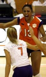 Tigers Advance In NCAA Tournament With 3-1 Win Over Alabama
