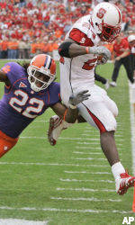 Clemson Tops NC State, 20-14
