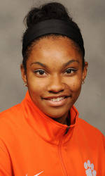 Vickery Hall Women's Student-Athlete of the Week – April Sinkler