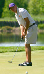 Clemson in Fourth Place After First Round of Carpet Classic