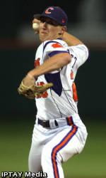 Gossett, Shaffer Earn Weekly Baseball Honors