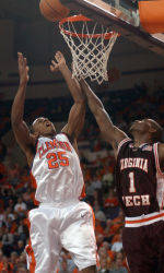 Clemson Basketball Holds 40-Minute Orange & White Scrimmage