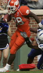 Spiller Leads Clemson To Victory Over Duke 31-7