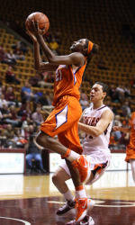 Clemson's Nikki Dixon Garners 2nd Straight ACC Rookie of the Week Honors