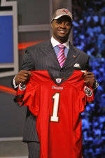 Adams Taken in First Round of NFL Draft by Tampa Bay