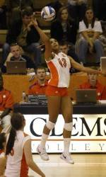 Clemson Volleyball To Take on 14-Seed Oregon in NCAA Volleyball Tournament