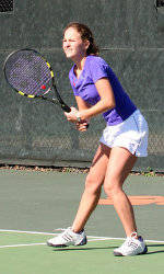 Women's Tennis Falls To #14 Harvard On Saturday, 4-3