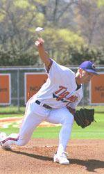 Clemson Holds Back Arkansas 8-7 to Force a Super Regional Game Three