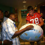 Clemson Football Team Visits Children's Hospital
