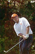 Clemson Improves Two Places in Golf Standings
