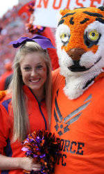 Athlon Sports Announces Round 5 Selections of The 2011 Sideline Spirit Contest