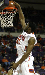 Late Comeback Not Enough as Tigers Fall to College of Charleston, 72-69