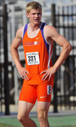 Moss, Berg Compete at NCAA Track & Field Championships