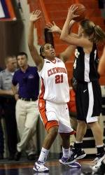 Lady Tigers Win, 62-59, Over Rice In Friday Coors Classic Action